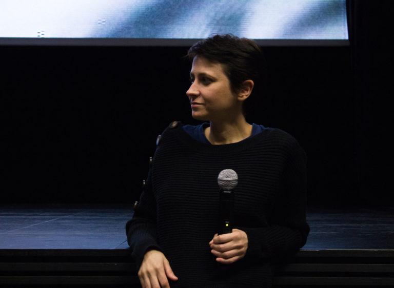 Maria Antón Cabot presentó en Granada <3, su película sobre amor y nuevas tecnologías